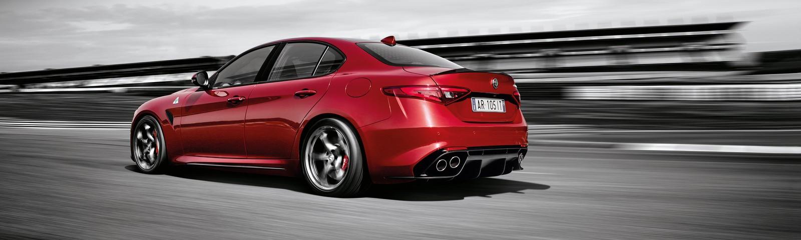 Alfa-Romeo-Giulia-QV-Live-16